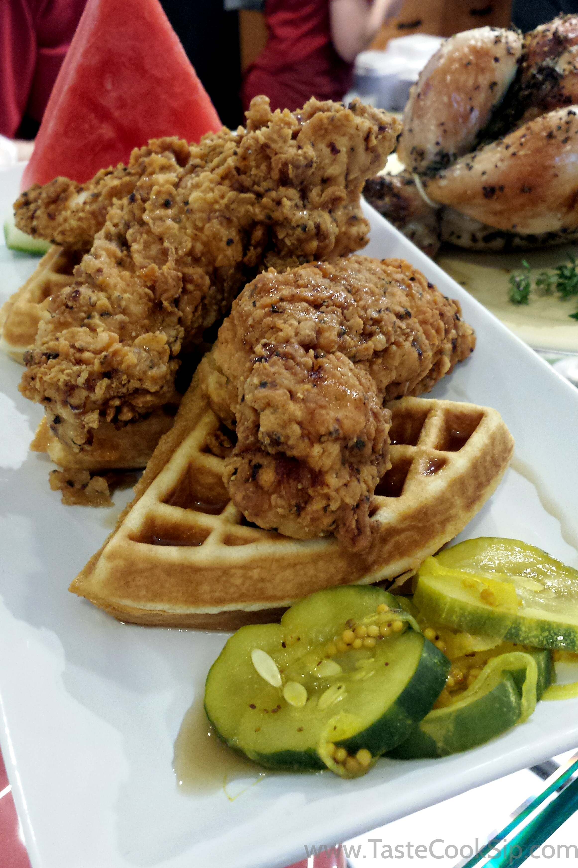 Chicken Tenders N' Waffles