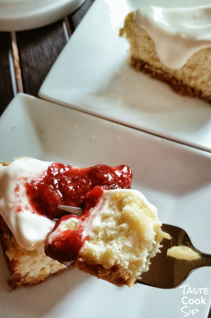 Strawberry Compote on Moms New York Cheesecake